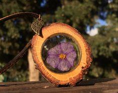 Terrarium Necklace, Real Flower Necklace, Botanical Necklace, Wood Necklace, Resin Jewelry, Flower Pendant, Gift Idea