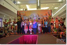 Kota Samarahan MP Rubiah Wang with invited guests and finalists of Kumang Gawai Dayak Samarahan 2015 organised by Samarahan District Council in collaboration with The Summer Shopping Mall on June 12.