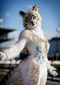 Khajiit - Skyrim | MCM Comic Con 2013 - perfect pic for Laini Taylor's Daughter of Smoke and Bone.