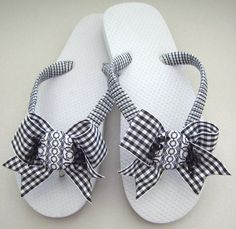 DECORATED FLIP FLOPS with Bows Several by FlipFlopsforAllShop