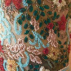 Cropped divo todo bordado  delicadíssimo  @lenaatelie #lookdodia #eusoulenaatelie