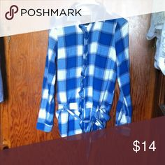 Blue   button shirt Worn once 🔷any reasonable offer will be accepted🔷 American Eagle Outfitters Tops Button Down Shirts