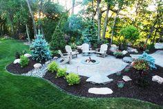 Cozy Backyard, Backyard Garden Design, Fire Pit Backyard, Backyard Landscaping, Fire Pit Landscaping Ideas, Backyard Ideas, Firepit Ideas, Backyard Seating, Patio Ideas