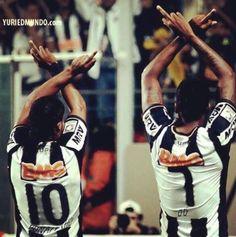 GALO Ronaldinho e Jô Barcelona Team, Cinema, Soccer, Football, My Style, Wallpapers, Tattoos, Instagram, Futbol