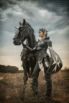 Woman warrior with black warhorse and armor. MEDIEVAL ⚔Woman warrior with black warhorse and armor. MEDIEVAL ⚔Woman warrior with black warhorse and armor. Warrior Princess, Warrior Girl, Warrior Women, Goddess Warrior, Fantasy Warrior, Fantasy Women, Fantasy Art, Fantasy Images, Fantasy Characters