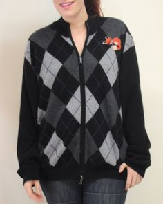 This oversize argyle #cashmere sweater is perfect for a chic casual look . Perfect for a preppy feel!