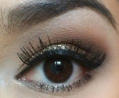 Natural Eye with Gold Pigment