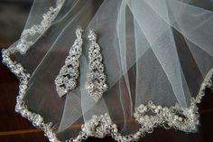 Jewelry Details for a Key Bridge Marriott Wedding in Arlington VA | Kelly Ewell Photography