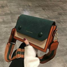 leather handbags and purses Luxury Purses, Luxury Bags, Luxury Handbags, Black Handbags, Purses And Handbags, Leather Handbags, Cheap Handbags, Cheap Bags, Popular Handbags
