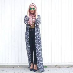 How to wear long cardigan with hijab http://www.justtrendygirls.com/how-to-wear-long-cardigan-with-hijab/