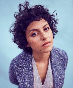 Alia shawkat eyeliner blush