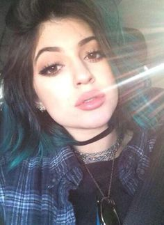 Kylie Kind Of Looks Like Charlie XCX In This Picture <3