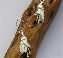 Sue Shore Stg Kowhai Earrings-jewellery-The Vault