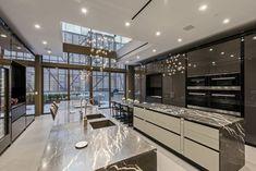 DE NERD A MAFIOSA~payton moormeier ~ - Tus cosas parte 3 - Wattpad Luxury Kitchen Design, Kitchen Room Design, Dream Home Design, Luxury Kitchens, Modern House Design, Kitchen Ideas, Luxury Home Decor, Luxury Interior, Home Interior Design
