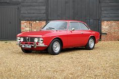 Used 1972 Alfa Romeo 2000 for sale in Wiltshire | Pistonheads