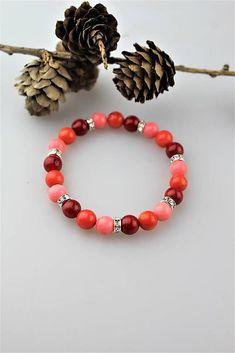 Sima-polodrahokamy / koralový náramok trojfarebný Beaded Bracelets, Jewelry, Fashion, Moda, Jewlery, Jewerly, Fashion Styles, Pearl Bracelets, Schmuck