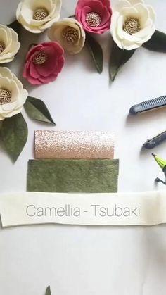 Felt Camellia making Felt Camellia making Tutorial - Felt Camellia making<br> Felt Crafts Diy, Felt Diy, Fabric Crafts, Cardboard Crafts, Paper Flowers Diy, Handmade Flowers, Flower Crafts, Diy Flower Fabric, Felt Flower Diy