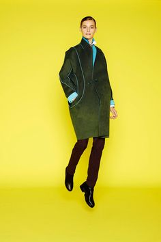 Issey Miyake Pre-Fall 2014 Collection Slideshow on Style.com