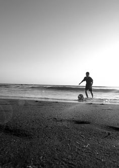 BEACH FOOTBALL.