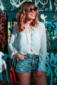 Taciele Alcolea - camisa + short jeans