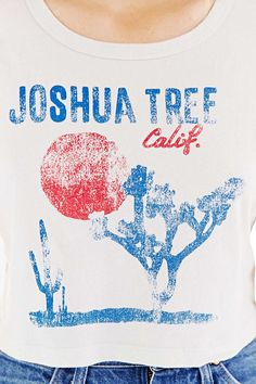 Truly Madly Deeply Joshua Tree Cropped Tee - Urban Outfitters