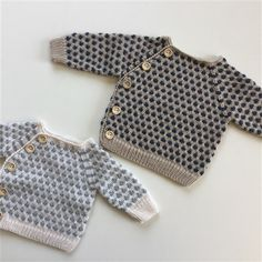 Webshop - www.joan-design.dk Cute Outfits For Kids, Cute Kids, Knit Vest, Baby Sweaters, Baby Knitting Patterns, Crochet For Kids, Baby Booties, Kids And Parenting, American Girl