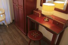 Pastel Chalet | Camera Visinie | Chalet Cosy | Dalghiu | Brasov | Romania | Interior Design | Boutique | Inspiration | Muntii Ciucas Design Boutique, Cosy, Corner Desk, Entryway Tables, Pastel, Interior Design, Inspiration, Furniture, Home Decor