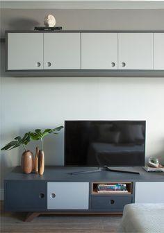 Apê de 30 m² traz boas ideias de aproveitamento de espaço; veja o projeto 30, Small Spaces, Flat Screen, Life, Decor, Good Ideas, Log Projects, Sweet Home, Blood Plasma
