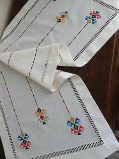 Cross Stitch Alphabet Patterns, Bargello, Embroidery, Handmade, Cross Stitch, Sweet, Dots, Tejidos, Manualidades