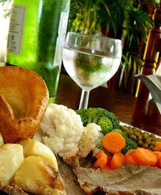 Classic English Christmas dinner