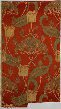 The Kingsbury DESIGNER: Harry Napper, English, 1860 - 1940 MANUFACTURER: Rottmann & Co. MEDIUM: Medium: silk, cotton Technique: machine woven TYPE: woven textiles Textile OBJECT NAME: Textile MADE IN: London, England DATE: ca. 1900