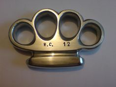 brass knuckles   Mens Small Size Knuckle Duster / Brass Knuckles