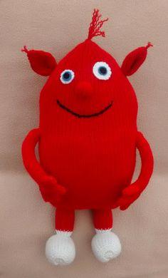 Yum Yum - star of BabyTV s The Cuddlies - handknitted soft toy