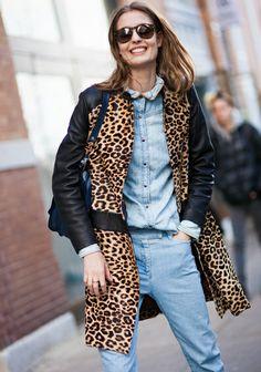 chemise en jean manteau lopard le bon mix