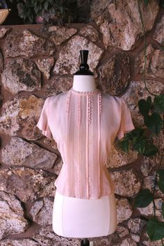 1950s Sweetheart Pink Blouse by ladyhogg on Etsy, $32.00