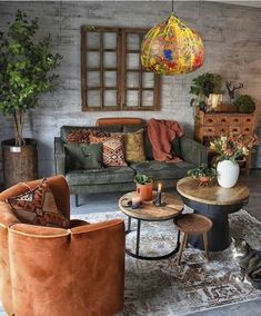 modern bohemian living room – A mix of mid-century modern, bohemian, and industrial interior style. … modern bohemian living room – A mix of mid-century modern, bohemian, and industrial interior style. Apartment Decor, Bohemian Living Room Decor, Modern Bohemian Living Room, Trendy Living Rooms, Industrial Interior Style, Living Decor, Living Room Lighting, Apartment Living Room, Warm Home Decor