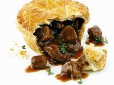 Fleischpastete auf englische Art (Steak Pie) ist ein Rezept mit frischen Zutaten aus der Kategorie Pie. Probieren Sie dieses und weitere Rezepte von EAT SMARTER!