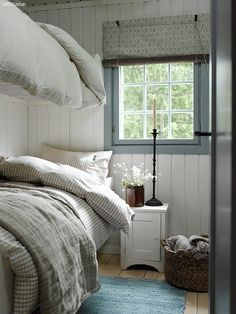 Cheap Home Decor .Cheap Home Decor Scandinavian Cottage, Swedish Cottage, Swedish Bedroom, Quirky Bedroom, White Cottage, Small Bedrooms, Bedroom Vintage, Master Bedrooms, Farmhouse Bedroom Decor