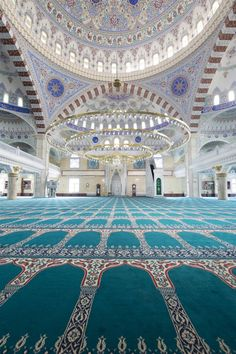 Beautiful interior architecture of a Fatih Sultan Mehmet Mosque, Istanbul - Turkey Mosque Architecture, Art And Architecture, Turkish Architecture, Ancient Architecture, Beautiful Architecture, Beautiful Buildings, Beautiful Mosques, Beautiful Places, Turkey Photos