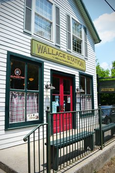 A short, gorgeous drive out Old Frankfort Pike is Wallace Station Deli