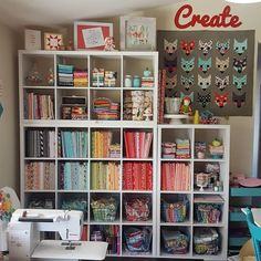 We love this bright, cheery, and organized sewing space from our Instagram fan @lilabellelane • 662 likes