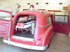Vintage ambulances collection Kenneth Burdyny Riverview Ambulances Wpg Manitoba Ca