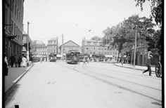 Harvard Square in #CambridgeMA in 1906. Looks so different. Ahhhh.... living here now versus then is so different.