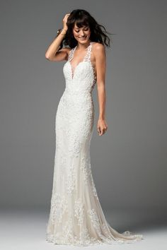The Sookie from the Watters Bridal Collection is perfect for the bohemian-chic bride! This breathtaking backless gown is exquisitely crafted with all-over lace and also features a deep sweetheart neckline. Wedding Dress Sizes, Bridal Dresses, Wedding Gowns, Bridesmaid Dresses, Wedding Suite, Lace Wedding, Destination Wedding, Wedding Destinations, Hawaii Wedding