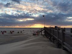 Wind, Wellen, fliehende Wolken, unendlicher Strand, AbendSonne... Amrum PUR