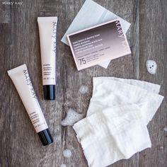 Shine control. MaryKay Oil Mattifier. Beauty Blotters Oil Absorbing Tissues. Www.Mary Kay.com/branditedder