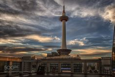 Popular on 500px : Looking at the Kyoto Tower by jimbos