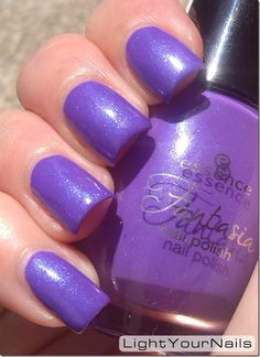 LightYourNails! Essence Elves Like Lilac