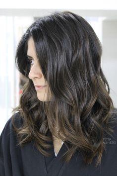 #cabelo #cabelos #hair #morenasiluminadas #morena #morenas #morenailuminada #luzes #highlights #ombre #ombrehair #brunette #balayage #natural #naturalhair #bayalage #modaboho #warm #cabelonatural #babylights #blonde #brown #caramel #castanho #mechas #hippie #honey #curly #castanhoiluminado #boho