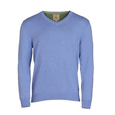 Knitted from a fine 12 gauge cotton yarn, this blue v-neck jumper is the perfect smart/casual garment. It is a tailored fit and can be worn on its own or layered over a shirt. Complete the outfit with a white shirt and stone chinos. Features include - v-neck, wolfhound embroidery and rib cuff and hem.